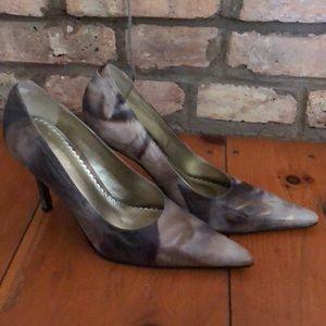 Luichiny High heeled pumps. Size 9